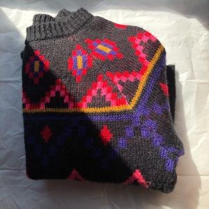 Color Zigzag Sweater